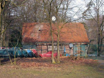 Stadtwaldweiher,-Fachwerkhaus--gegenüber-Deuß-Tempel-a-web